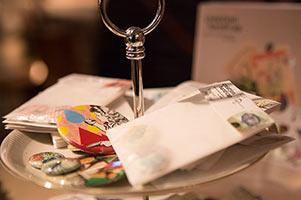 Dienstleistung Geschenke & Grusskarten