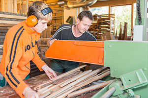 Dienstleistung Holz & Handwerk