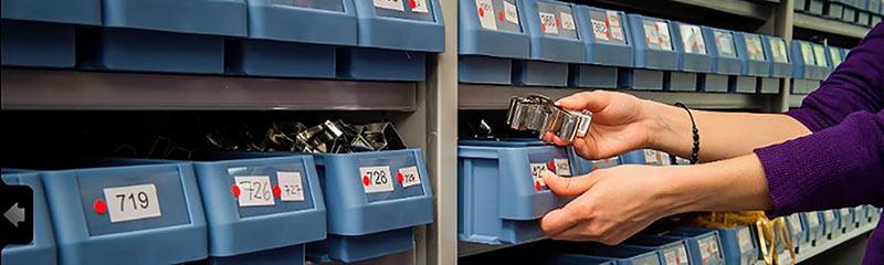 Auftrag Arbeit unsere Dienstleistungen im Bereich Logistik und Versandhandel reichen von einfachen Arbeiten bis hin zu komplexen Bestellabwicklungen.