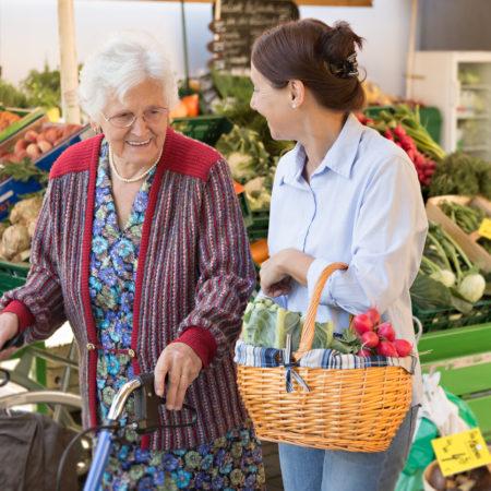 AuftragArbeit wir bieten Betreuungsangebote wie Besuche, Begleitung und Unterstützung.